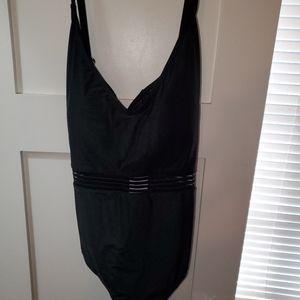 NWT black swimsuit 🖤